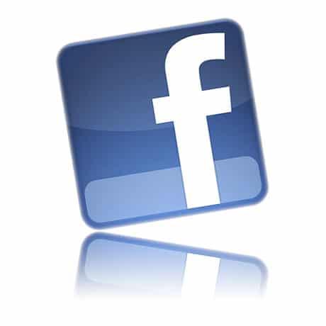 ajoutez des photos dans un album facebook collaboratif